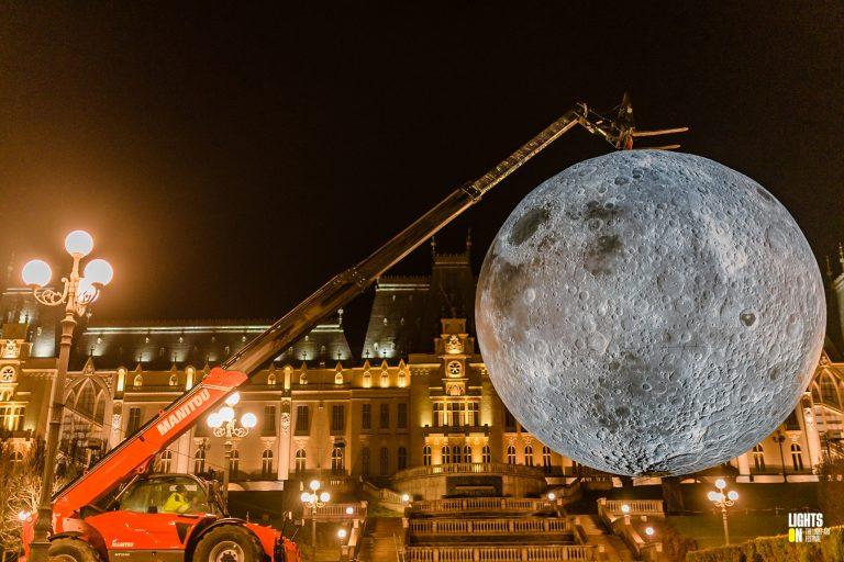 Museum of the Moon - Luke Jerram - Grădina Palas
